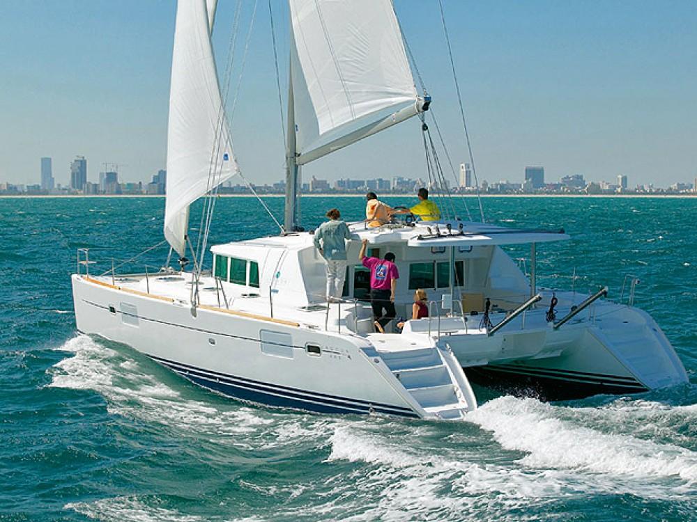 Rental Catamaran in Alimos Marina - Lagoon Lagoon 440