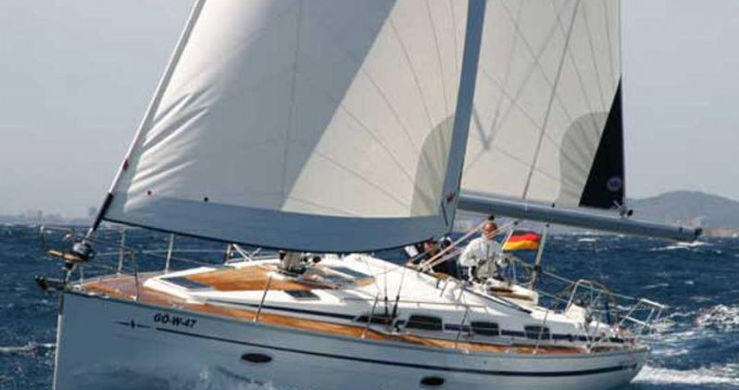 Rent a Bavaria Bavaria 40 Cruiser Alimos