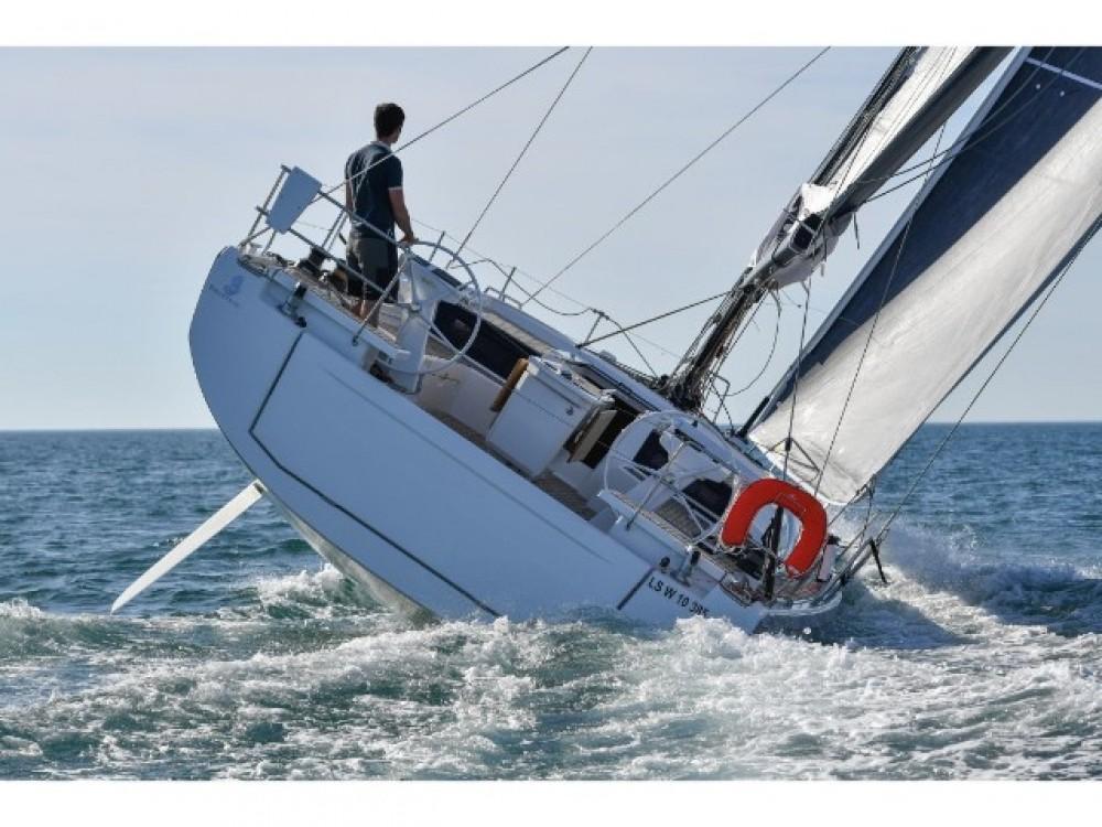 Rental yacht  - Bénéteau Oceanis 461 on SamBoat