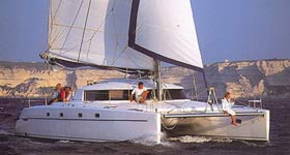 Hire Catamaran with or without skipper Fountaine Pajot Lefkada