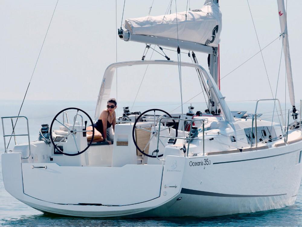Rental Sailboat in Split - Bénéteau Oceanis 35.1
