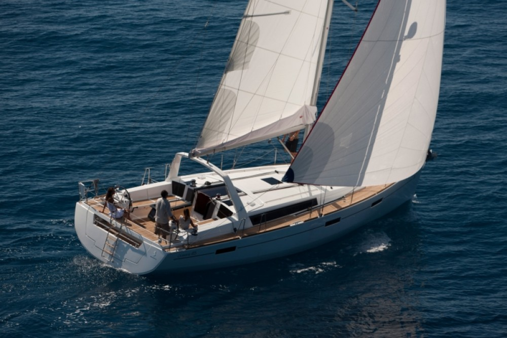 Rental yacht ACI Marina Split - Bénéteau Oceanis 45 on SamBoat