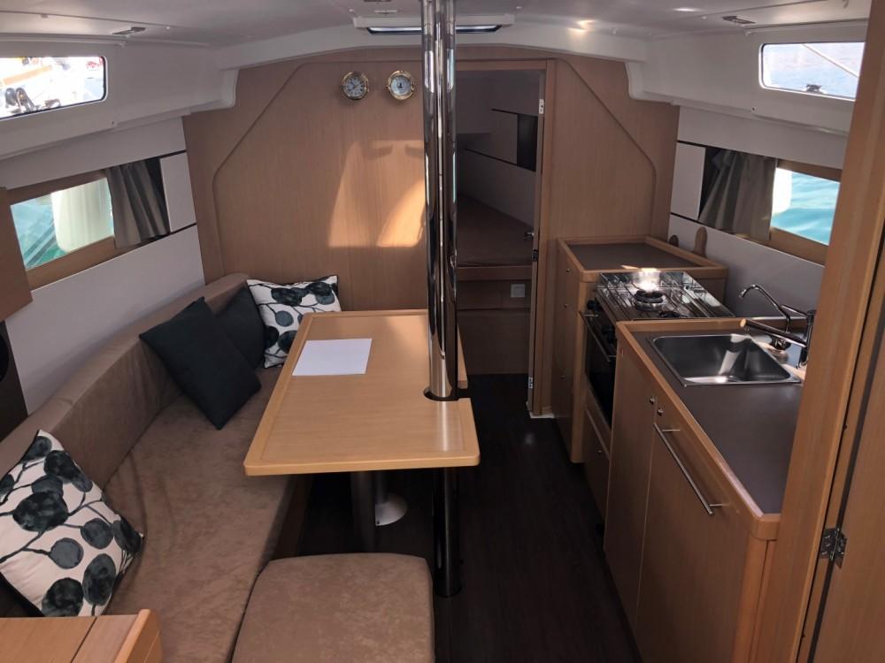 Boat rental Split cheap Oceanis 35
