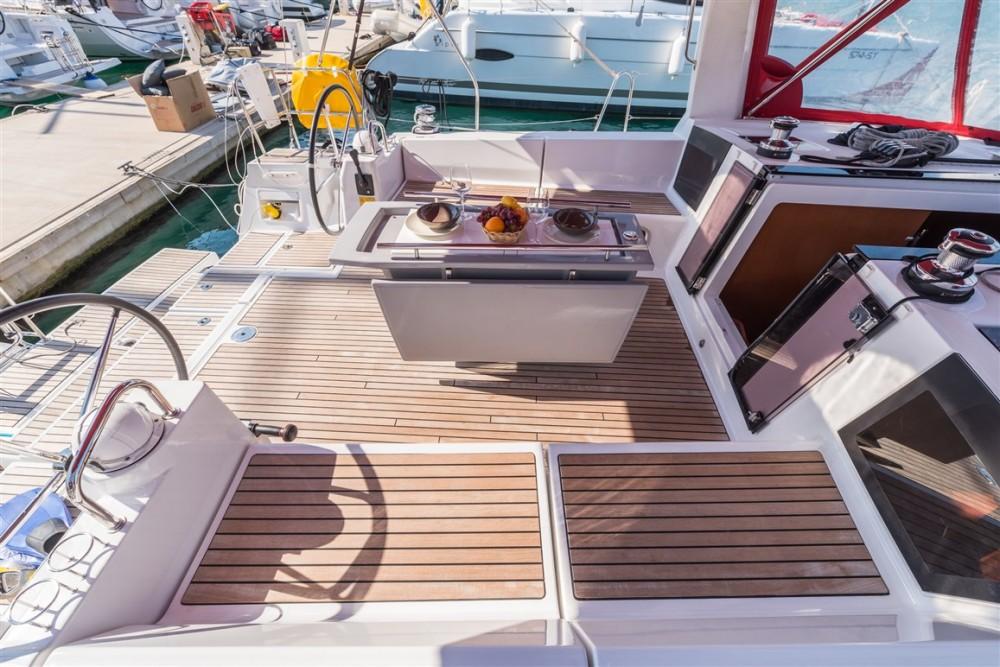 Rental yacht Split - Bénéteau Oceanis 45 on SamBoat