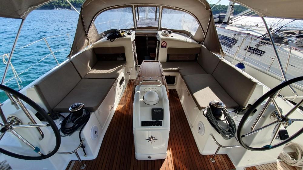 Rent a Jeanneau Sun Odyssey 440 ACI marina Pomer
