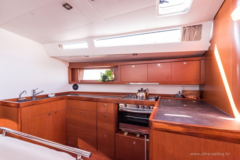 Rental yacht Pomer - Bénéteau Oceanis 48 on SamBoat