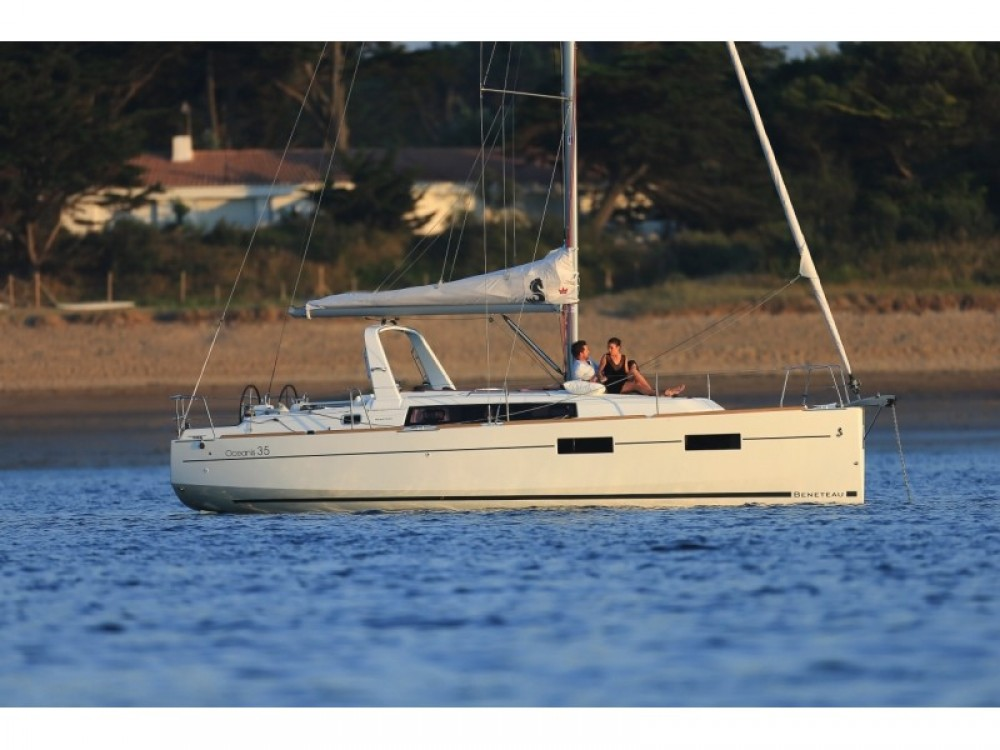 Rental Sailboat in Split - Bénéteau Oceanis 35