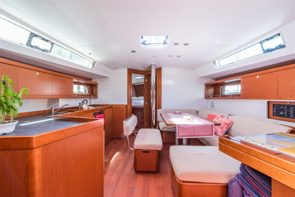Boat rental Komolac cheap Oceanis 45