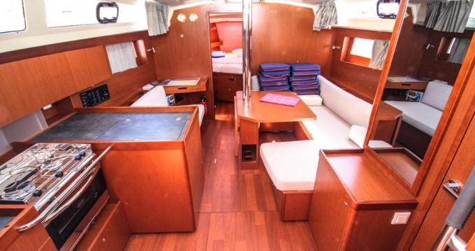 Rental Sailboat in Pomer - Bénéteau Oceanis 41.1