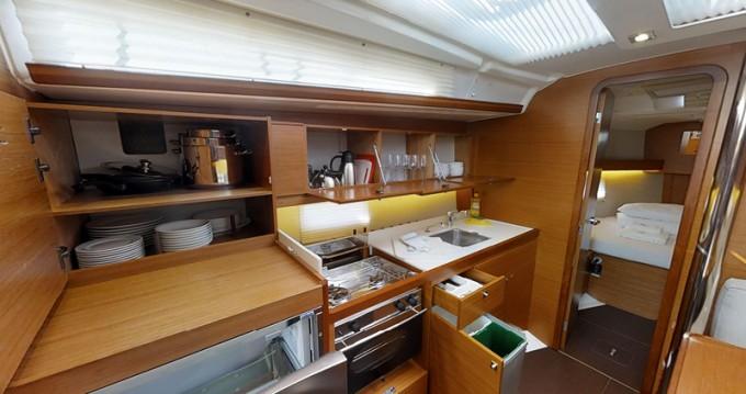 Rental Sailboat in Kaštel Gomilica - Dufour Dufour 390 Grand Large