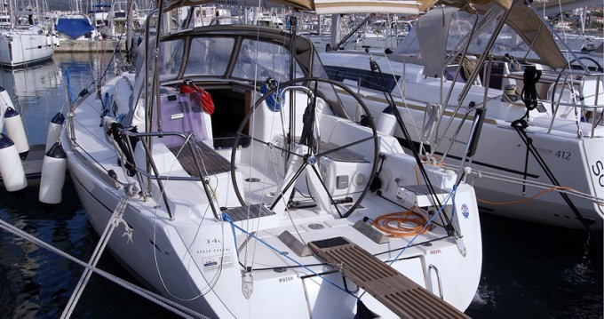 Boat rental Dufour Dufour 34 Performance in Kaštel Gomilica on Samboat