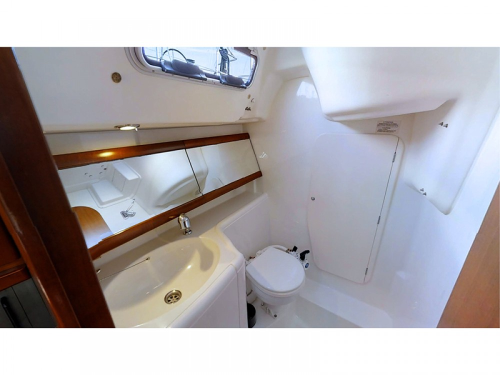 Boat rental Dufour Dufour 325 Grand Large in Rogoznica on Samboat