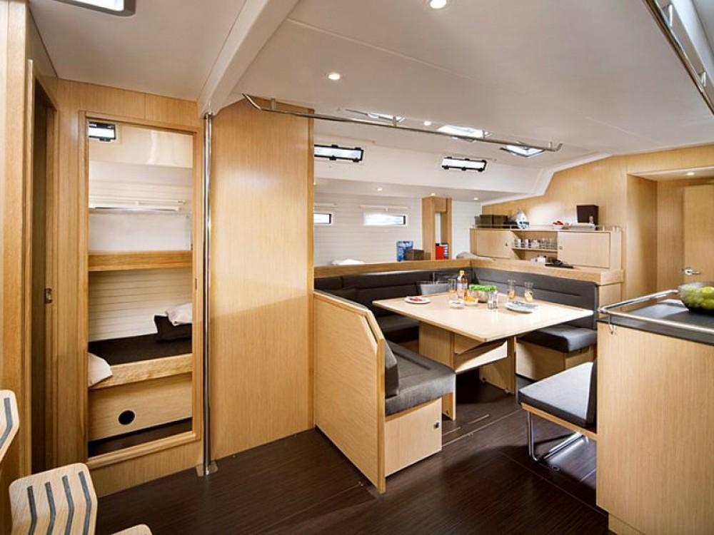 Rental yacht Alimos Marina - Bavaria Bavaria 55 Cruiser on SamBoat