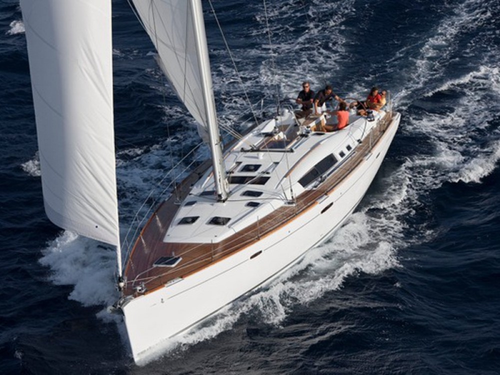 Rental Sailboat in Álimos - Bénéteau Oceanis 54