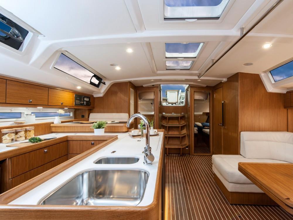 Boat rental Álimos cheap Bavaria Cruiser 56