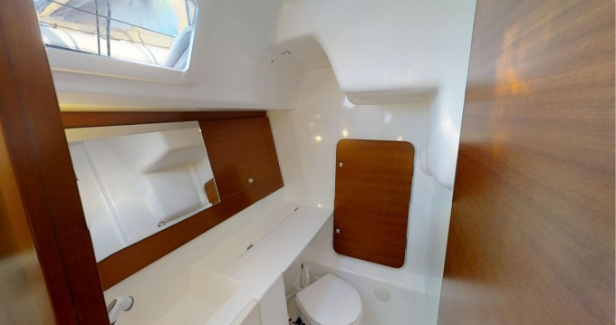 Rental yacht Rogoznica - Dufour Dufour 335 Grand Large on SamBoat