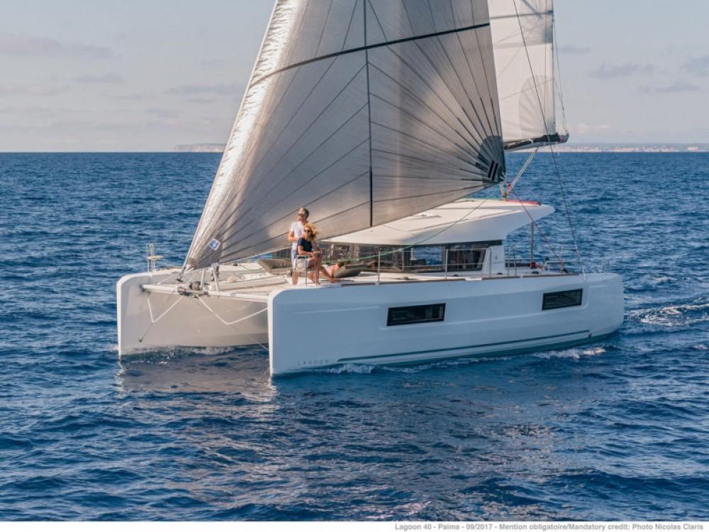 Boat rental Álimos cheap Lagoon 40