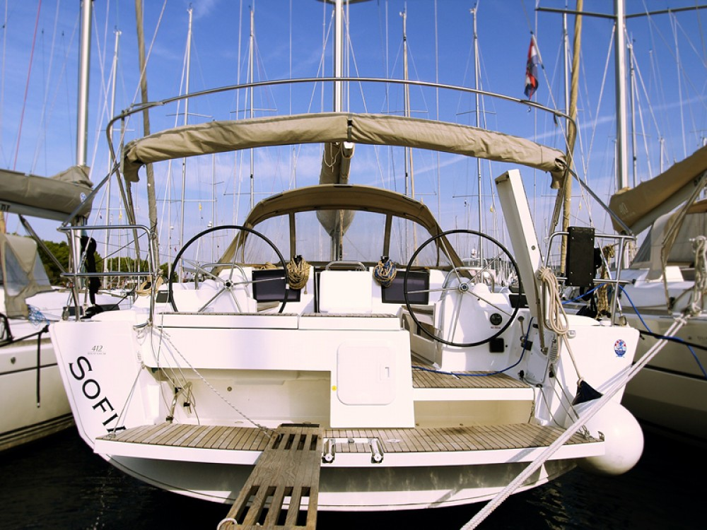 Rental Sailboat in Rogoznica - Dufour Dufour 412 Grand Large