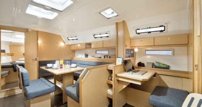 Rental yacht Athens - Bavaria Cruiser 40 on SamBoat