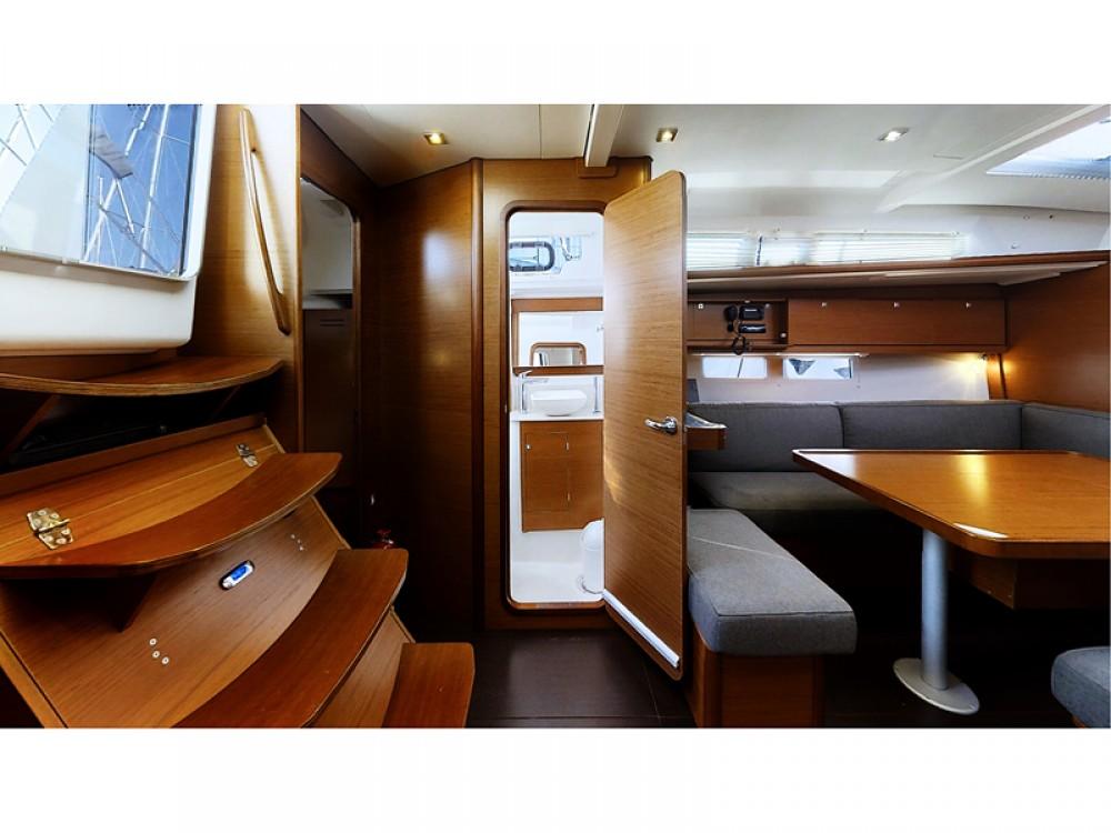 Rental Sailboat in Rogoznica - Dufour Dufour 460 Grand Large