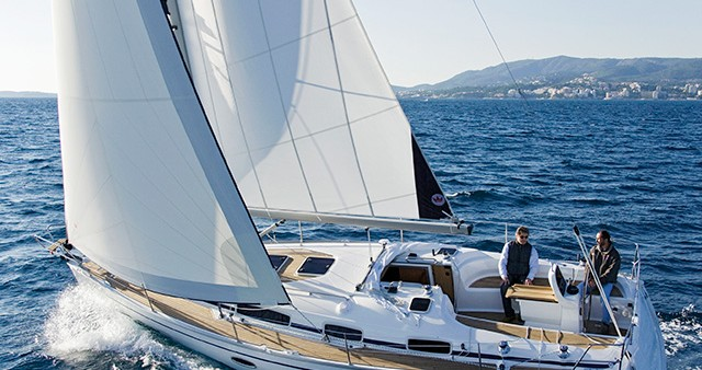 Hire Sailboat with or without skipper Bavaria Athens