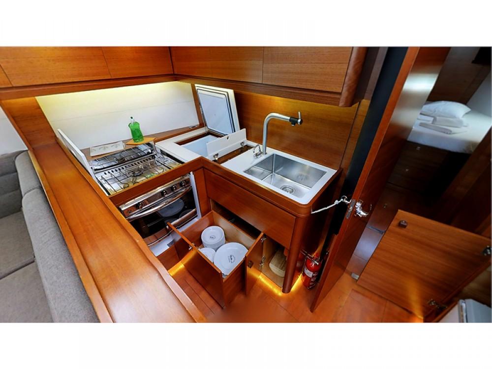 Rental Sailboat in Rogoznica - Dufour Dufour 512 Grand Large