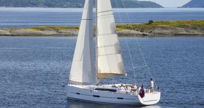 Rental yacht Kaštel Gomilica - Dufour Dufour 412 Grand Large on SamBoat