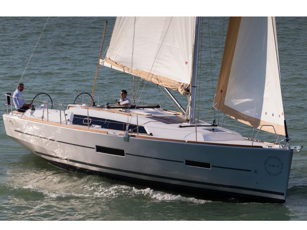 Dufour Dufour 382 GL between personal and professional Alimos Marina