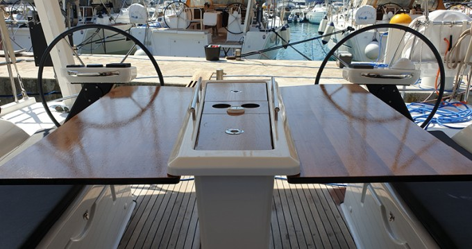 Rental yacht  - Dufour Dufour 390 Grand Large on SamBoat