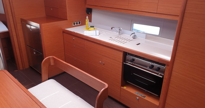 Dufour Dufour 430 Grand Large between personal and professional