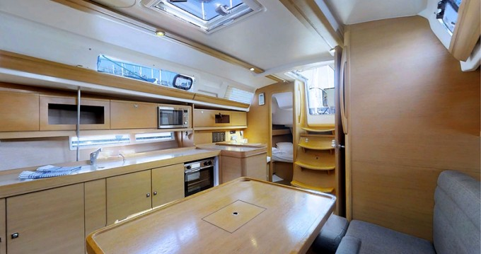 Rental yacht Rogoznica - Dufour Dufour 380 Grand Large on SamBoat