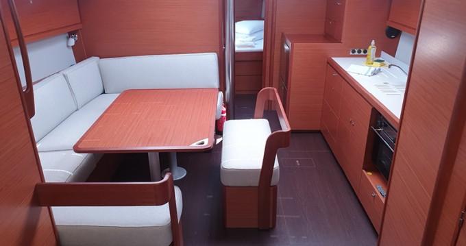 Rental Sailboat in  - Dufour Dufour 430 Grand Large