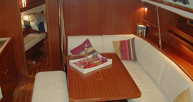 Boat rental Dufour Dufour 385 in Paros Island on Samboat