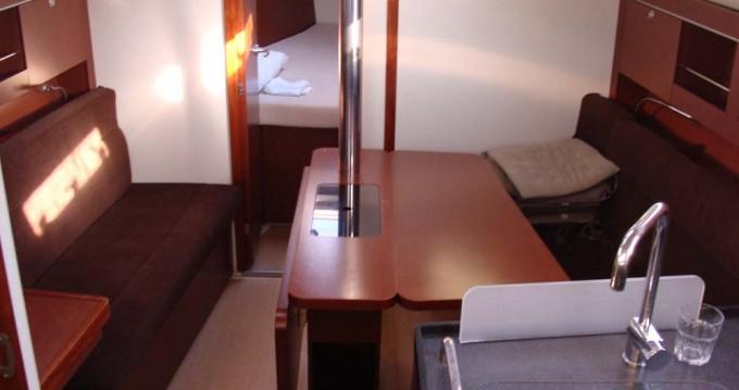 Rental yacht Athens - Hanse Hanse 345 on SamBoat