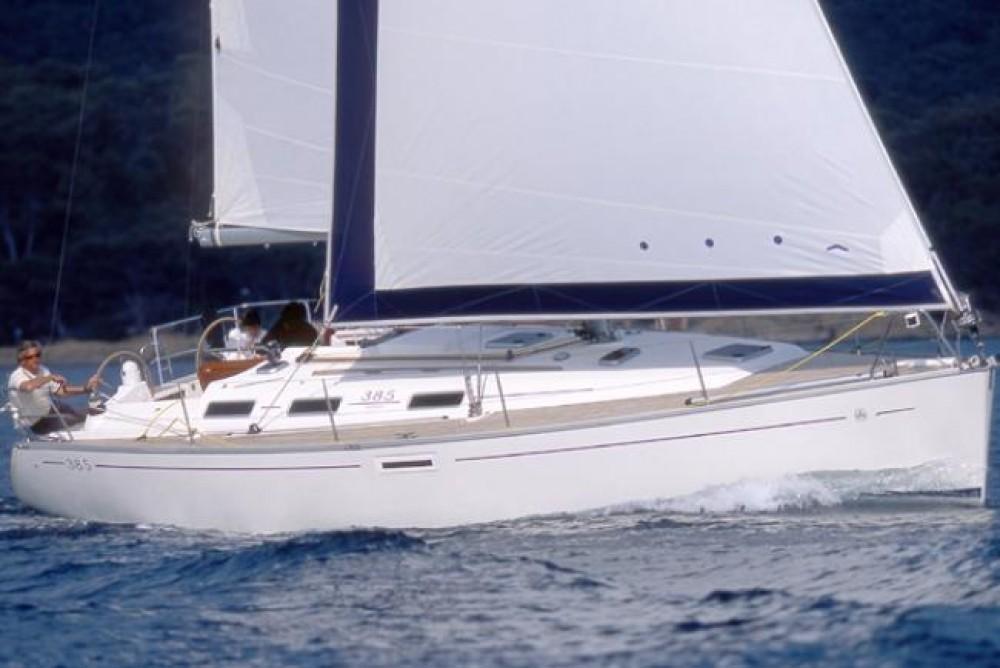 Rental yacht Álimos - Dufour Dufour 385 on SamBoat