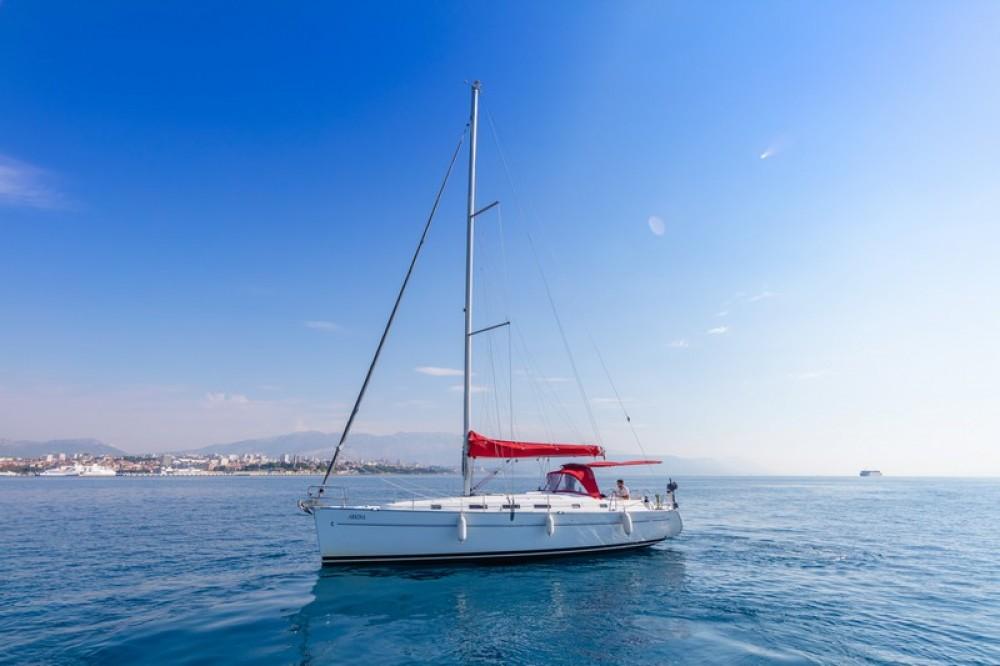 Hire Sailboat with or without skipper Bénéteau ACI Marina Split