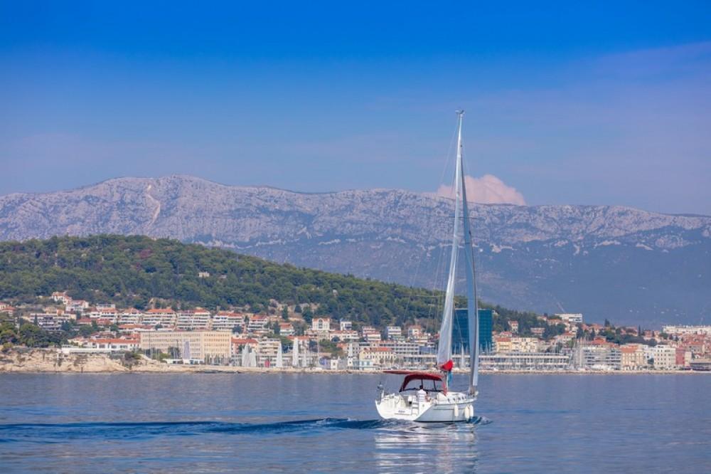 Rental yacht ACI Marina Split - Bénéteau Beneteau Cyclades 43.3 on SamBoat