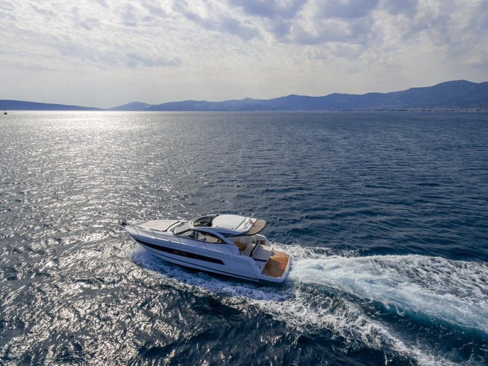 Boat rental Marina Kaštela cheap Jeanneau Leader 36