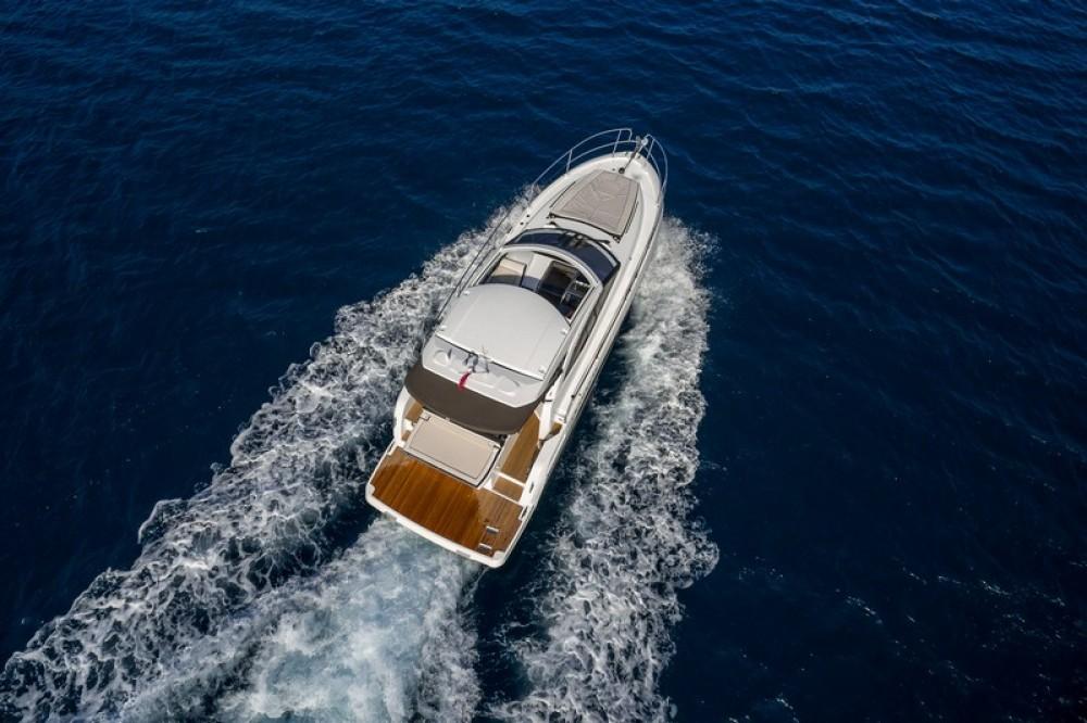 Rental yacht Marina Kaštela - Jeanneau Jeanneau Leader 36 on SamBoat