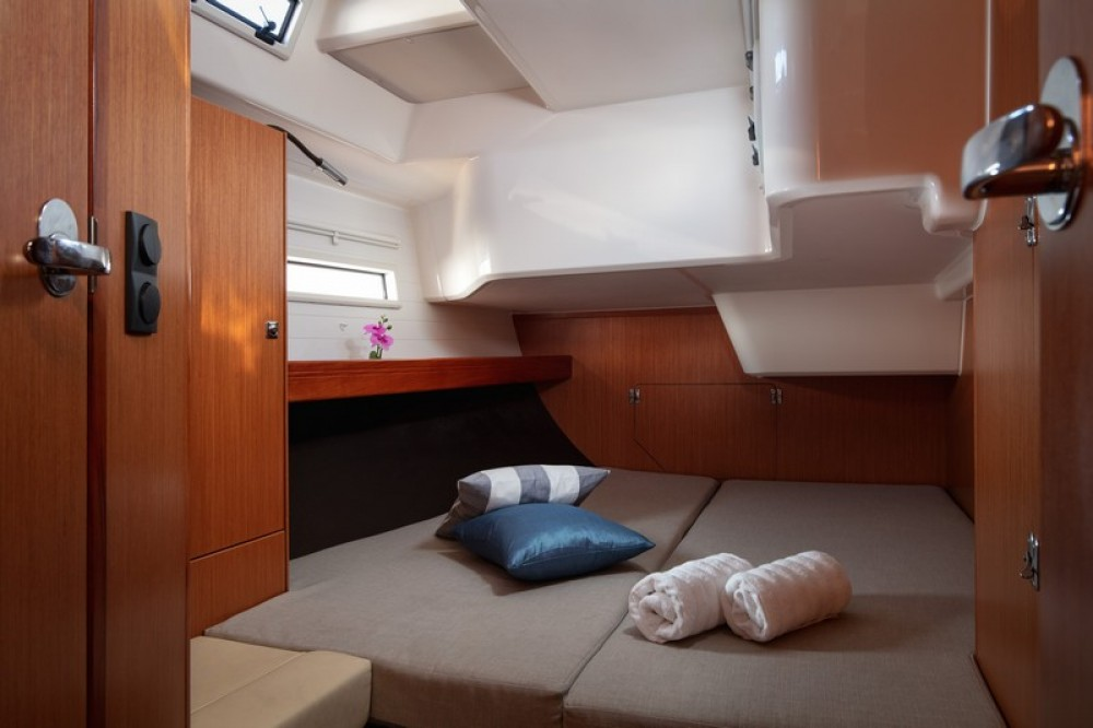 Rental Sailboat in Split - Bavaria Bavaria Cruiser 51
