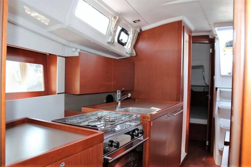 Rental yacht ACI Marina Split - Bénéteau Beneteau Oceanis 35 on SamBoat