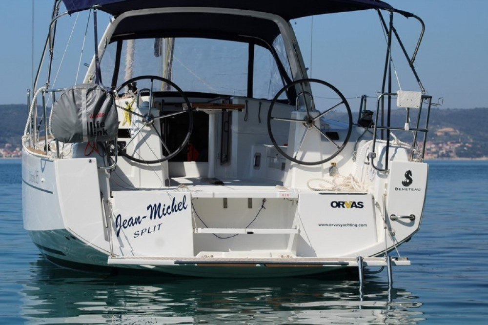 Rental Sailboat in ACI Marina Split - Bénéteau Beneteau Oceanis 35