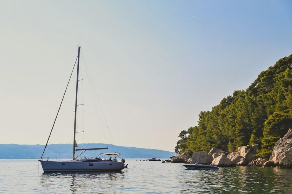 Boat rental Elan Elan 50 Impression in Split on Samboat