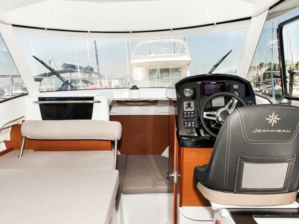 Boat rental Kaštel Gomilica cheap Jeanneau Merry Fisher 795