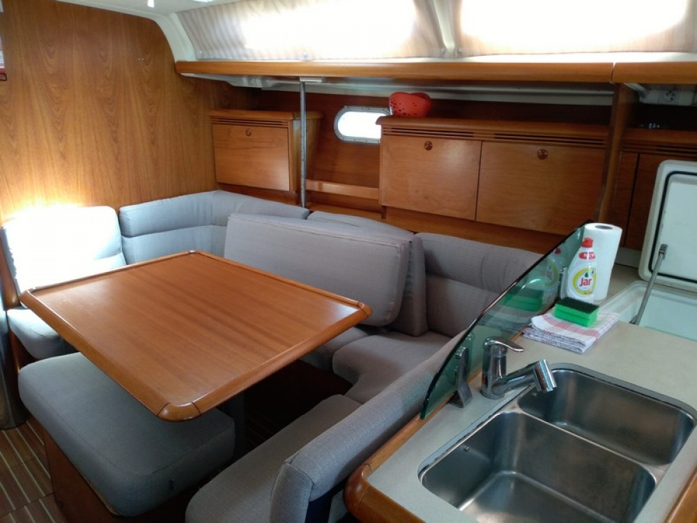 Rental yacht ACI Marina Split - Jeanneau Sun Odyssey 43 on SamBoat