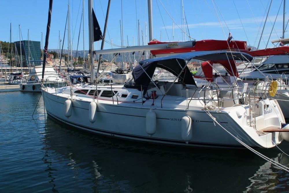 Boat rental Jeanneau Sun Odyssey 43 in ACI Marina Split on Samboat