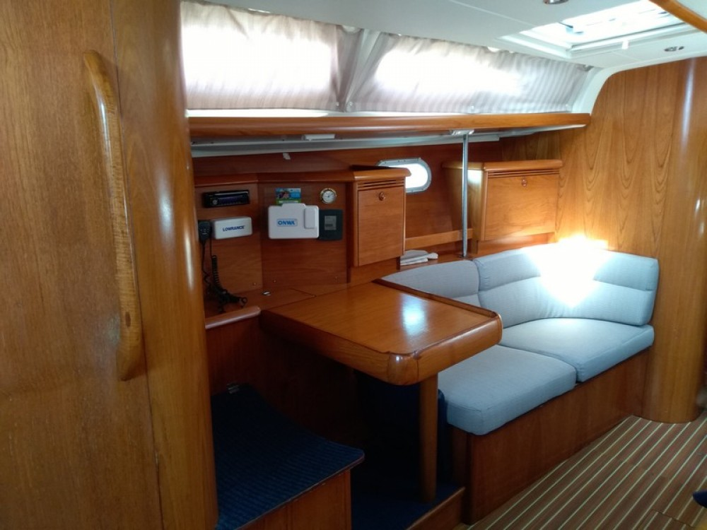 Jeanneau Sun Odyssey 43 between personal and professional Split