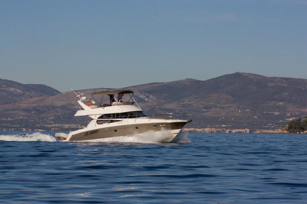 Boat rental Jeanneau Jeanneau Prestige 440 in Split on Samboat