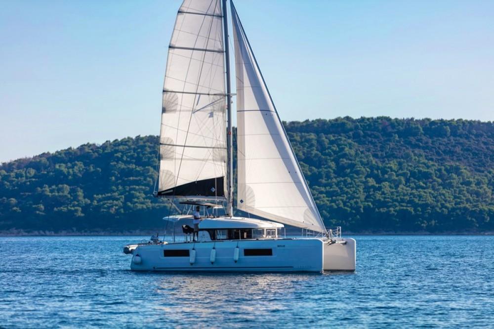 Rental yacht Kaštel Gomilica - Lagoon Lagoon 40 on SamBoat