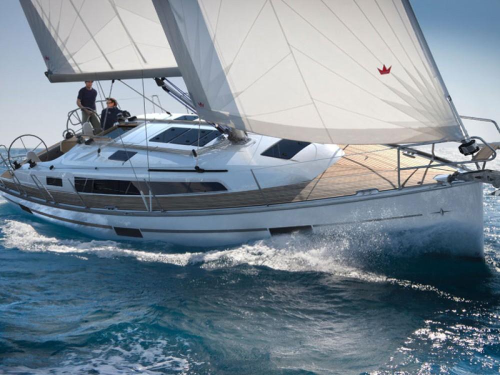Rent a Bavaria Bavaria 37 Cruiser ACI Marina Split